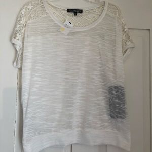 Almost famous light tee never worn tags